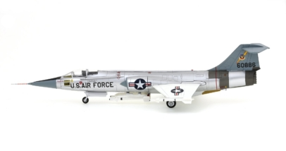 Port View Hobby Master HA1038 - 1/72 Scale Lockheed F-104C Starfighter Diecast Model Aircraft, S/N 56-0886, 479th TFW, USAF, South Vietnam, 1965.