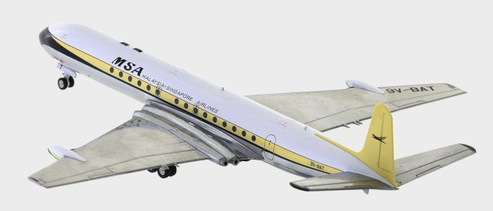 Rear view thumbnail of 1/200 scale diecast model of the DH 106 Comet 4 airliner, registration 9V-BAT, Malaysian Singapore Airways (MSA) - Inflight200 BCOMET0118P.