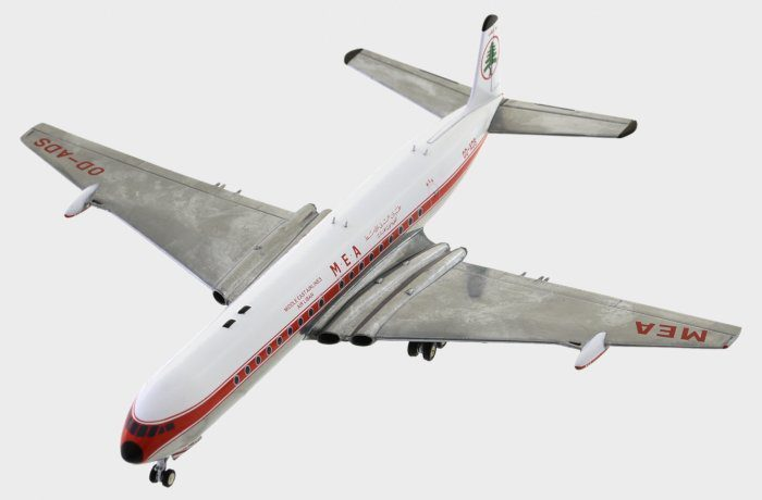 front port view thumbnail of 1/200 scale diecast model of the DH 106 Comet 4C airliner, registration OD-ADS, Middle Eastern Airlines (MEA) - Inflight200 IFCOMET0717P.